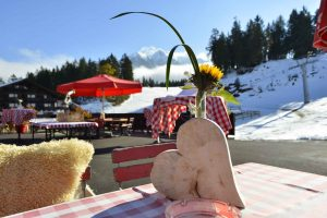 sportalm-seefeld-tirol-bar-restaurant-schneebar-lounge-04
